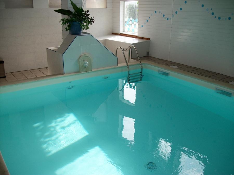 le-jardin-de-prunelle_piscine-013