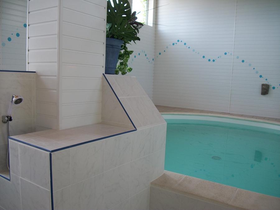 le-jardin-de-prunelle_piscine-024